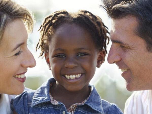 familia sustituta intro e1588468660867 Conoce Los Requisitos Para Ser Familia Sustituta En Argentina